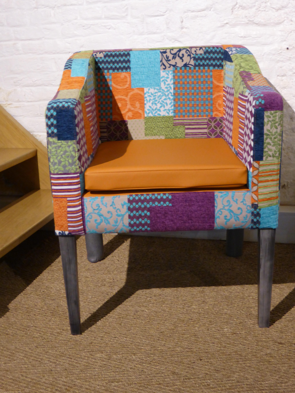 fauteuil lourdes tissu patchwork multico bois deco. Black Bedroom Furniture Sets. Home Design Ideas