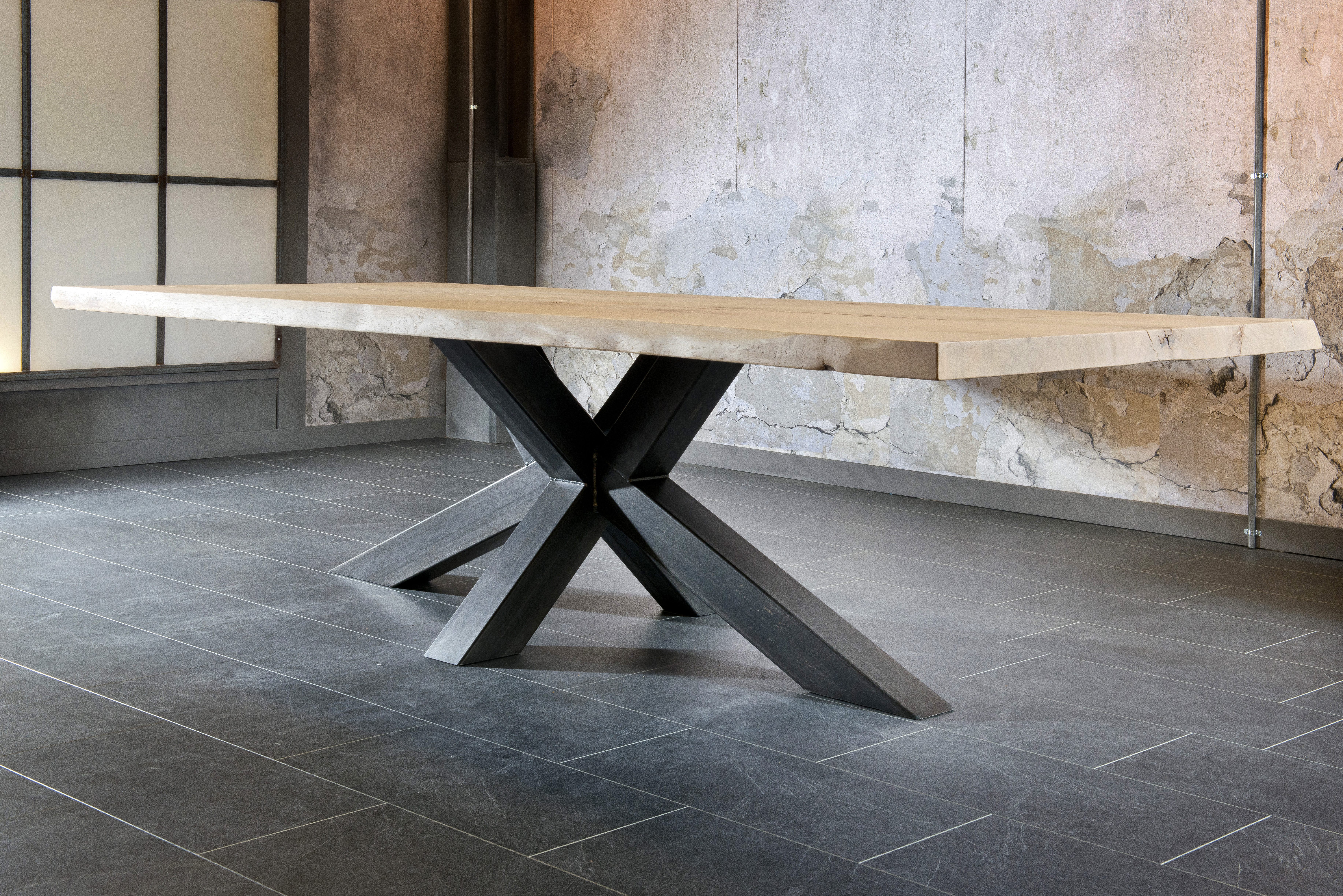 salle a manger design table industriel plateau bois pied métal
