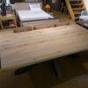 grande table nyls plateau chene massif pied metal noir