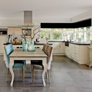 table-westwood-richmond-interiors-boisetdeco-cambresis-nord
