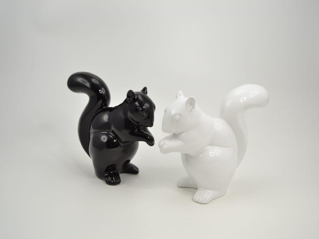 statuette-deco-ecureuil-noir-blanc-decoration-drimmer