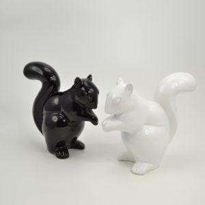 statue-ecureuil-noir-blanc-deco-decorative-ceramique-boisetdeco-nord-picardie
