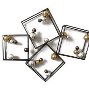 decoration-murale-metal-cadre-3d-boules