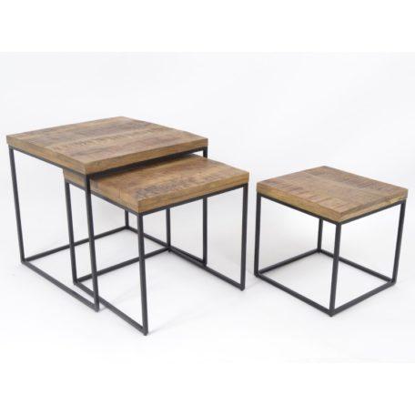 Set de 3 tables carrées en bois et metal noir